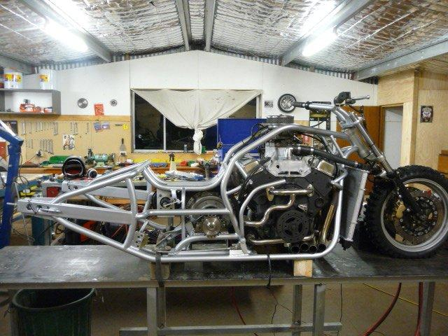 Sand Drag - Hoss builds a V8 motorcycle ready for sand drags